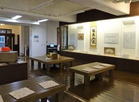 尾道商業会議所記念館の1F、尾道の歴史と資料展示