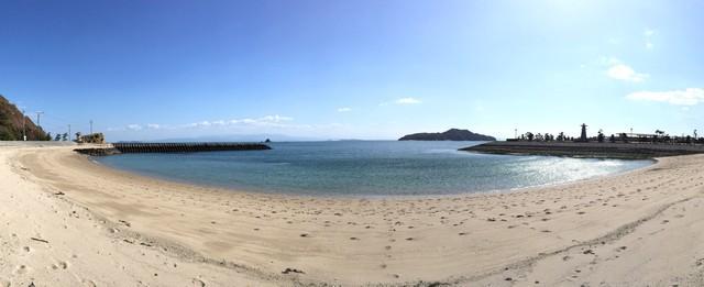 梶ヶ浜海水浴場の砂浜