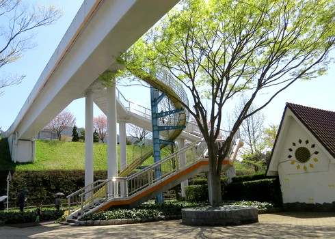 花みどり公園の滑り台