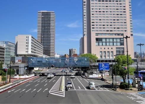 広島駅北口の陸橋・ペデストリアンデッキの工事