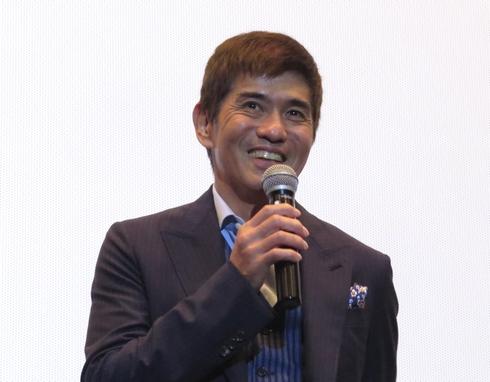 佐藤浩市、犯人バラす?!『64-ロクヨン-後編』広島試写会で舞台挨拶