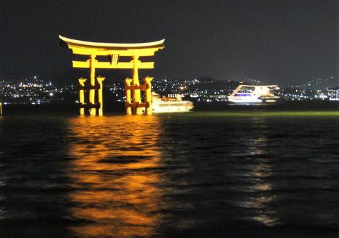 日本初の船上ハイボールガーデン、宮島眺める3日限定のクルージング