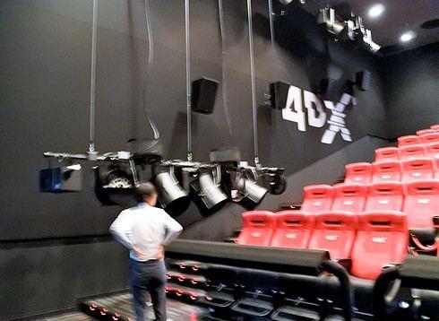 上映後は毎回メンテナンスが必要。109シネマズ広島の4DX 体験レポ