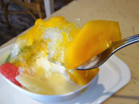 フルーツカフェタマル かき氷 マンゴー2