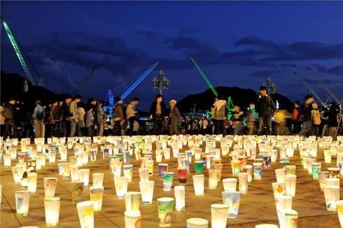 尾道灯りまつり、街中に3万個の優しい光が灯る