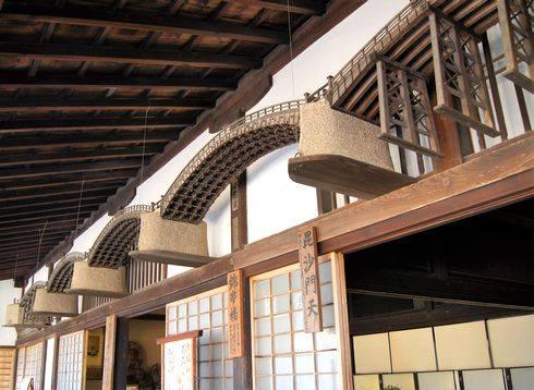 大願寺と錦帯橋