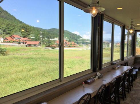 北広島 へんぽこ茶屋 休憩所の中2