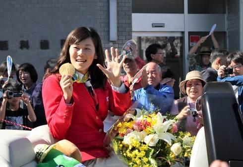 金メダリスト 金藤理絵さん、広島県庄原市で祝賀パレード!