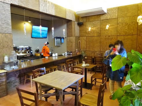 Mirasaka Coffee(ミラサカコーヒー) 店内の様子