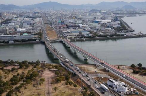 臨港道路廿日市草津線が2月19日開通、前夜通行止めも