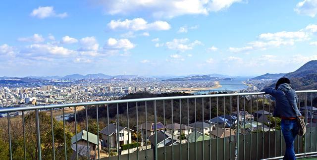 明王台展望台、福山が一望できる夜景スポット