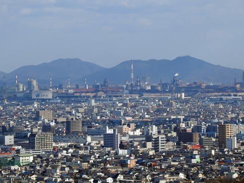 明王台展望台からの眺め、JFEの工場