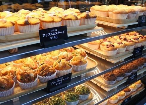 カフェブリッコ、カインズ広島LECT店にマフィンと燻製のお店