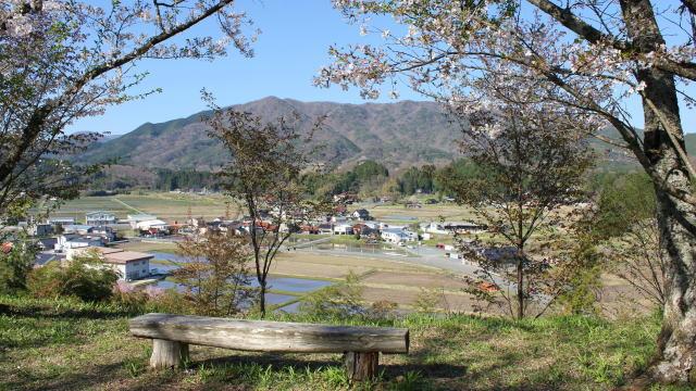 小奴可の要害桜 城跡からの眺め