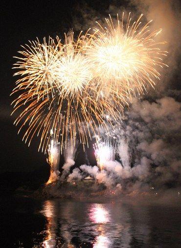 鞆の浦 弁天島花火大会 2017、福山の夏が始まる