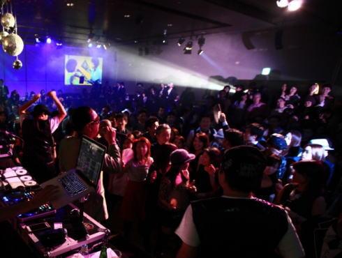 オリエンタルホテル広島 ディスコイベント「バックトゥーザ・バブル」