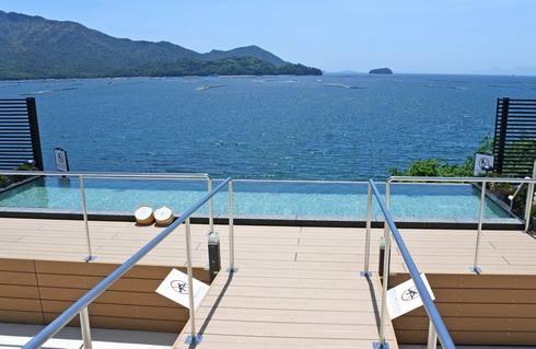 宮浜グランドホテル、屋上露天風呂へ