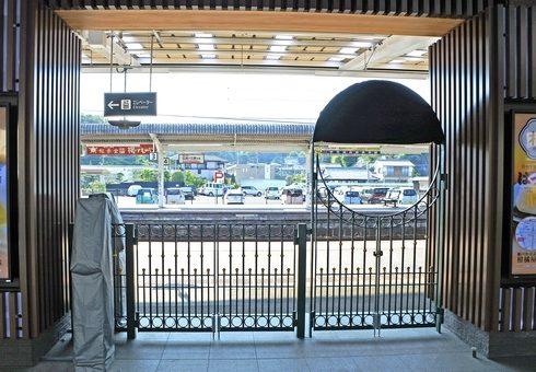 宮島口駅に、瑞風専用の出入り口(改札)