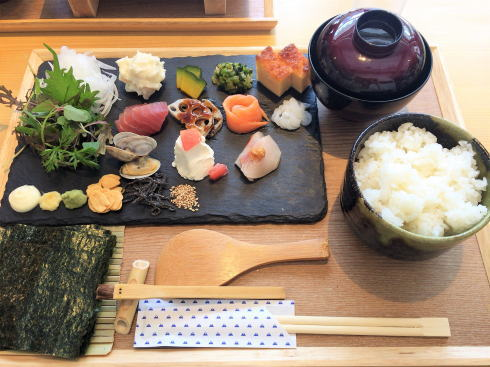 広島市 SUSHIにぎり座 手織り寿司