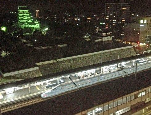 福山城とJR福山駅
