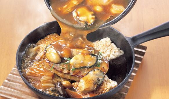 ココス新メニュー 広島県産牡蠣とハンバーグの中華おこげ