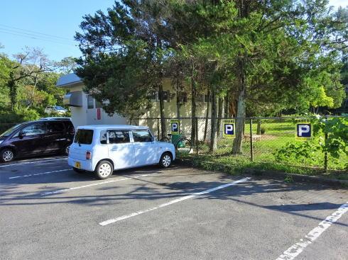 七塚原サービスエリア ウェルカムゲート利用者の駐車場