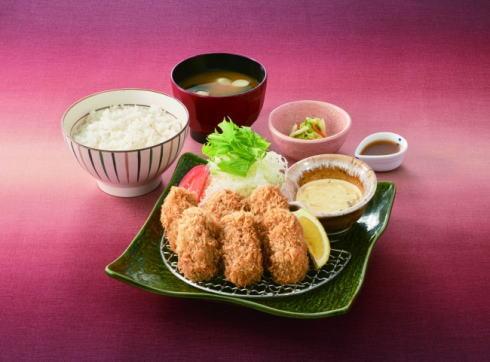 広島産かきフライを使った かきフライ定食