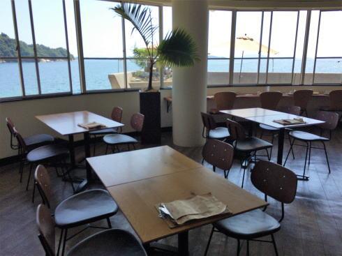 シーサイドカフェ アルファ 店内の様子2