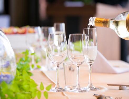 カープディナートークショー開催、広島産コース料理とカープ選手トークが楽しめる