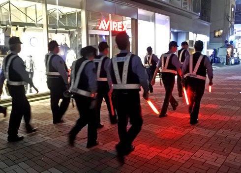 カープ日本一決定で広島市内交通規制、歓楽街中心に
