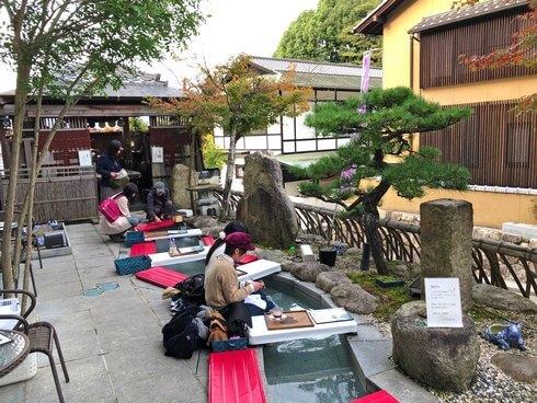 宮島の足湯カフェ、無料で