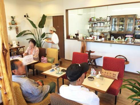 かふぇ渚、江田島 港前にある小さな島の喫茶・モーニングも