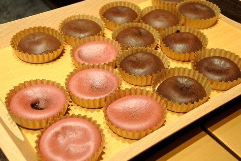 中からトロリと濃厚チョコレート、広島チョコラトリー