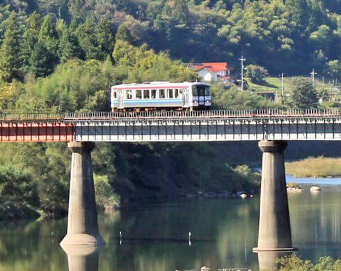 まもなく廃線、三江線との別れを惜しむファンの 最後のローカル線旅