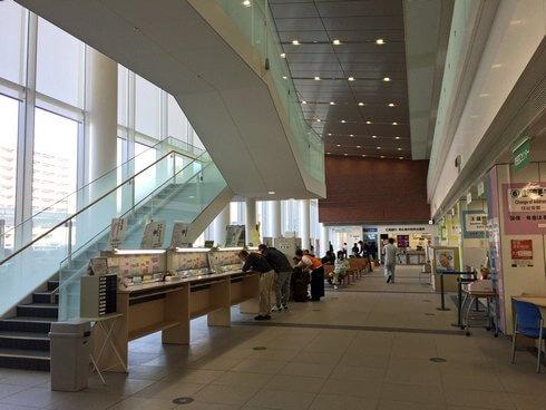東広島市役所の1Fの様子