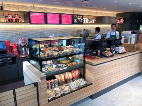宮島 スターバックスコーヒー厳島表参道店 店内1階