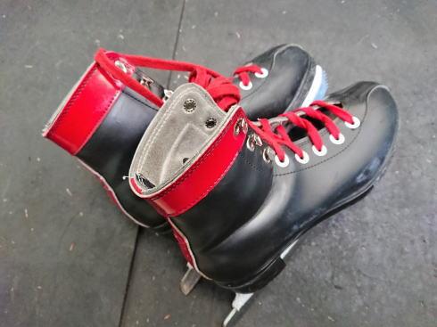 福山メモリアルパーク スケート場(アイスアリーナ) 貸靴