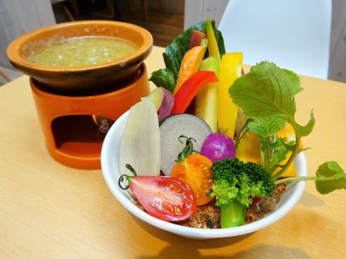 宇品 ラソラは野菜が主役の産直レストラン、イタリアンから しゃぶしゃぶまで