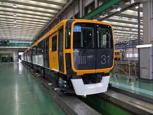 アストラムラインの新型 7000系車両が納入、試運転のち営業運転開始