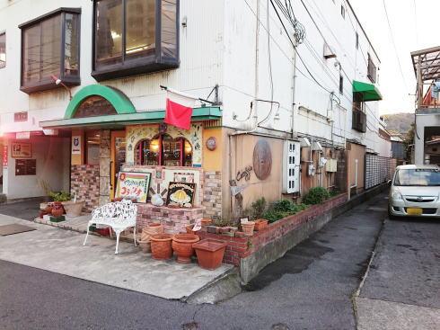尾道 ゴロカフェバー(56cafe/bar)へと続く道
