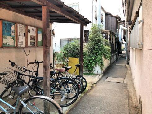 尾道 ゴロカフェバー(56cafe/bar)外観横