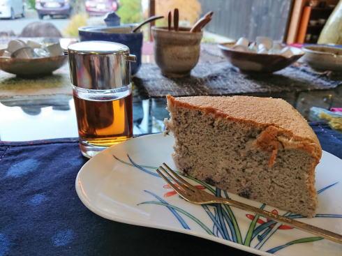 大崎上島のカフェ 珈琲 陶 のてづくりチーズケーキ