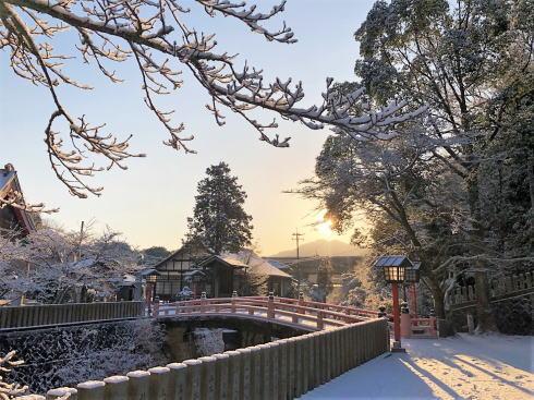 続く凍える寒さ、広島でも道路交通に影響