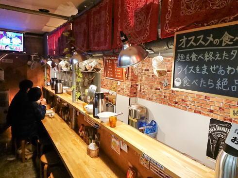 広島の汁なし担々麺専門店 麻沙羅(マサラ)店内の様子