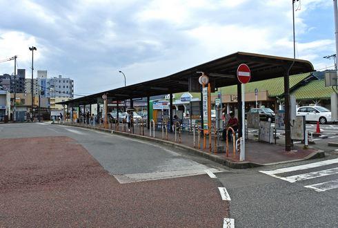 JR西広島駅前、バス乗り場