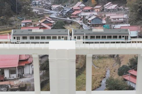 ジオコレ新シリーズ「三江線 宇都井駅」上から見た様子