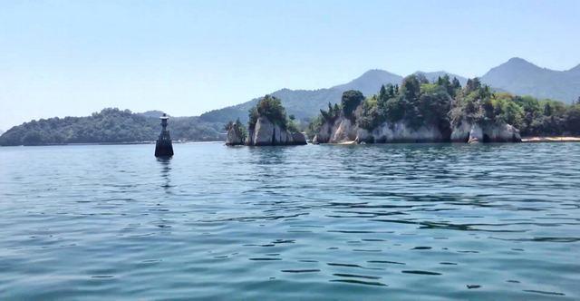 宮島を海から見た風景