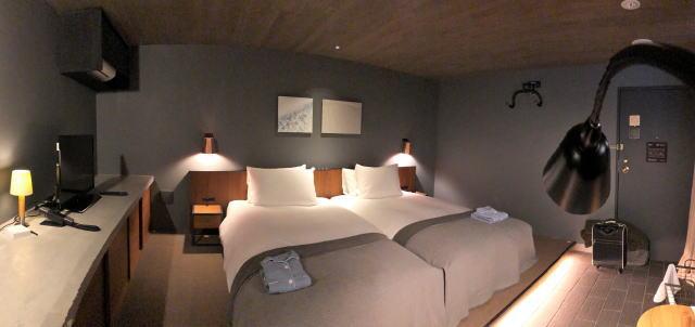 尾道U2、ホテルサイクル 部屋の寝室部