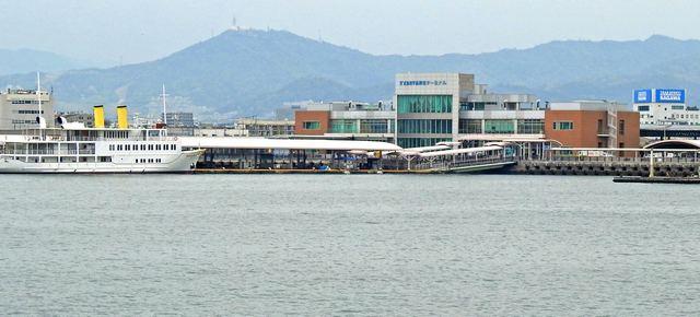 広島港(旧宇品港)全景