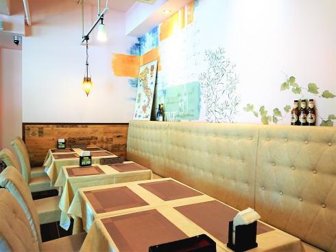 広島市 カフェ レオーネ 店内の様子